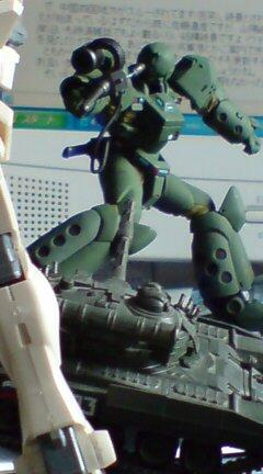 「ARL-99 ヘルダイバー」  VS T-80Uとジムコマンド